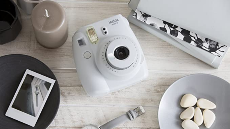 Best engagement gifts: Instant camera