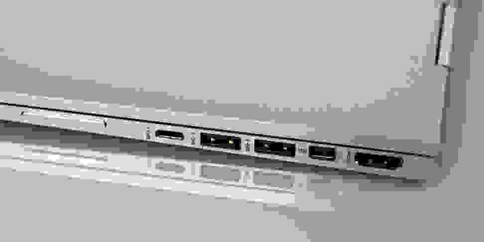 HP Spectre X360 15-inch right ports
