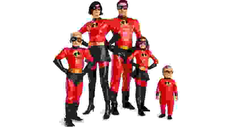 A family dressed as the character's from Pixar's The Incredibles