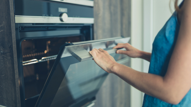How to preheat your oven - oven