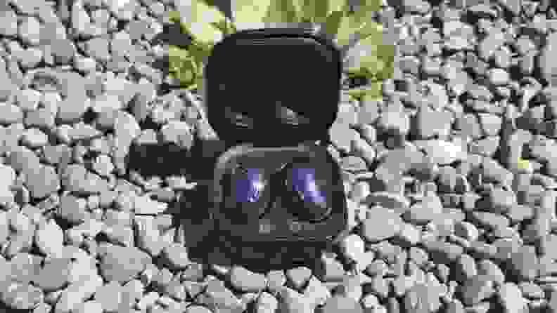 Galaxy Buds Live gravel