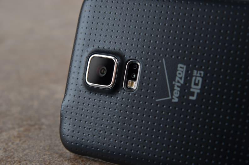Samsung-Galaxy-S5-review-cameras.jpg