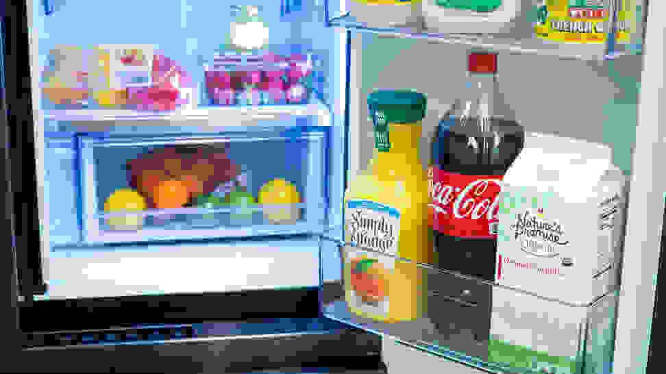 Samsung-refrigerator-RF23M80770SG-crisper
