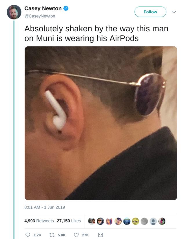 AirPodTweet
