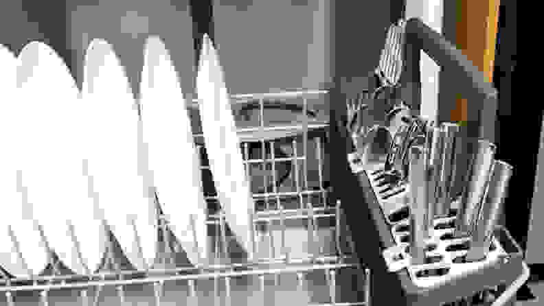 GE GDF630PSMSS Dishwasher — Bottom rack