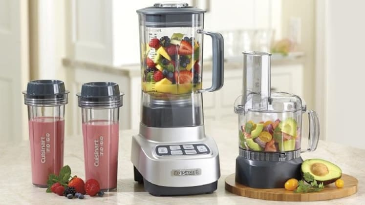4647e28209d Food processors vs blenders  What s the difference  They both have spinning  blades
