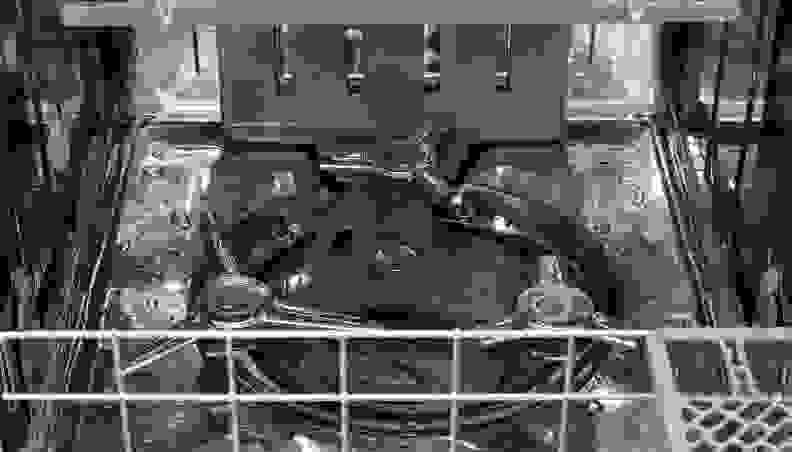 KitchenAid KDTM704ESS—Dynamic Wash Arm