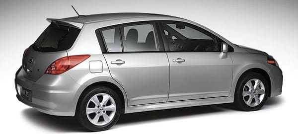 Product Image - 2012 Nissan Versa Hatchback 1.8 S
