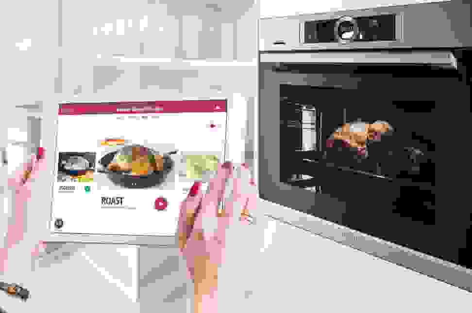 Drop app and Bosch's Serie 8 wall oven