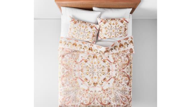 Target-Opalhouse-comforter