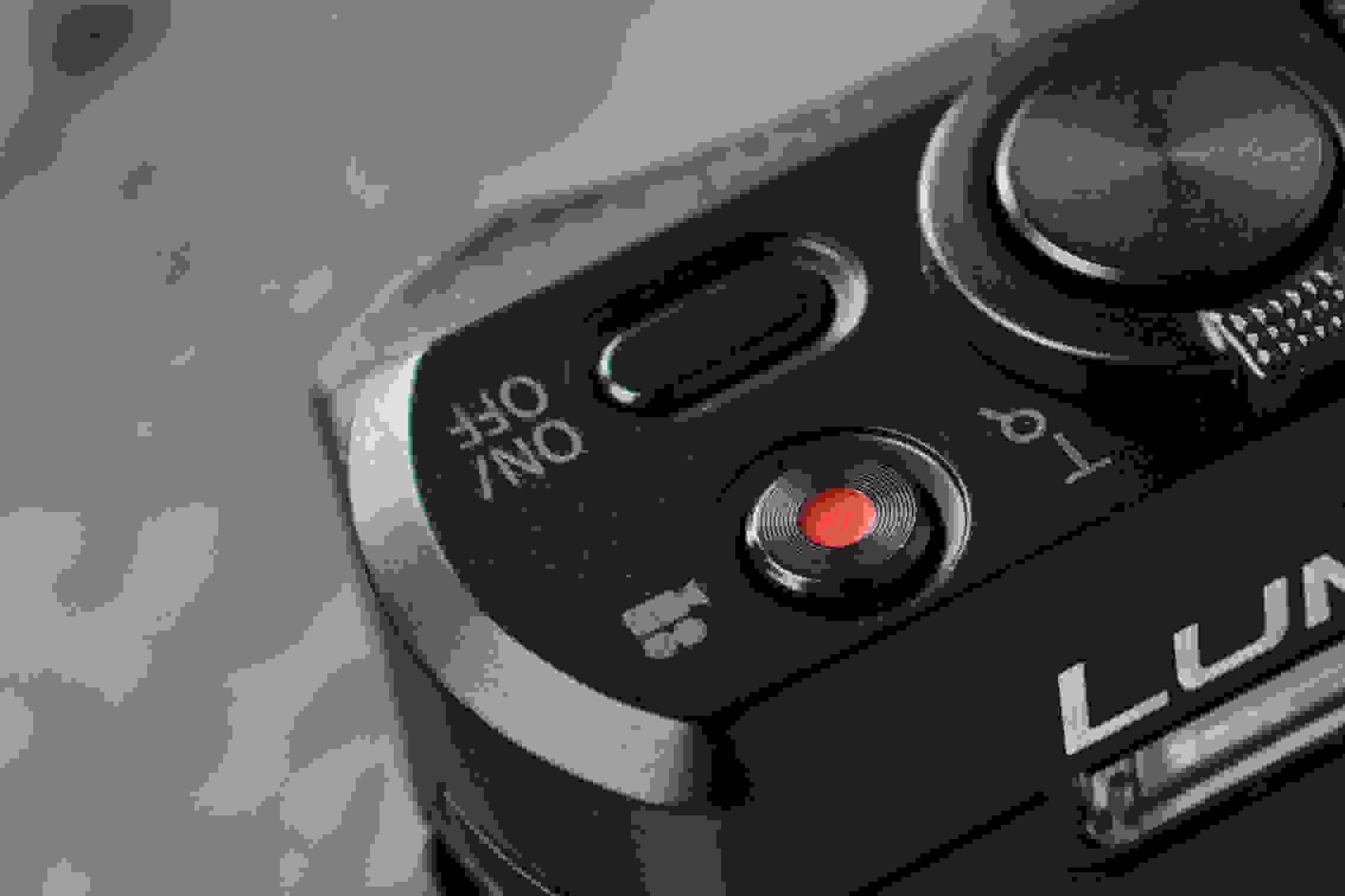 A picture of the Panasonic Lumix ZS40's record button.