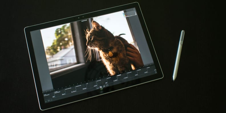 Surface Book with Performance Base Tablet Lightroom