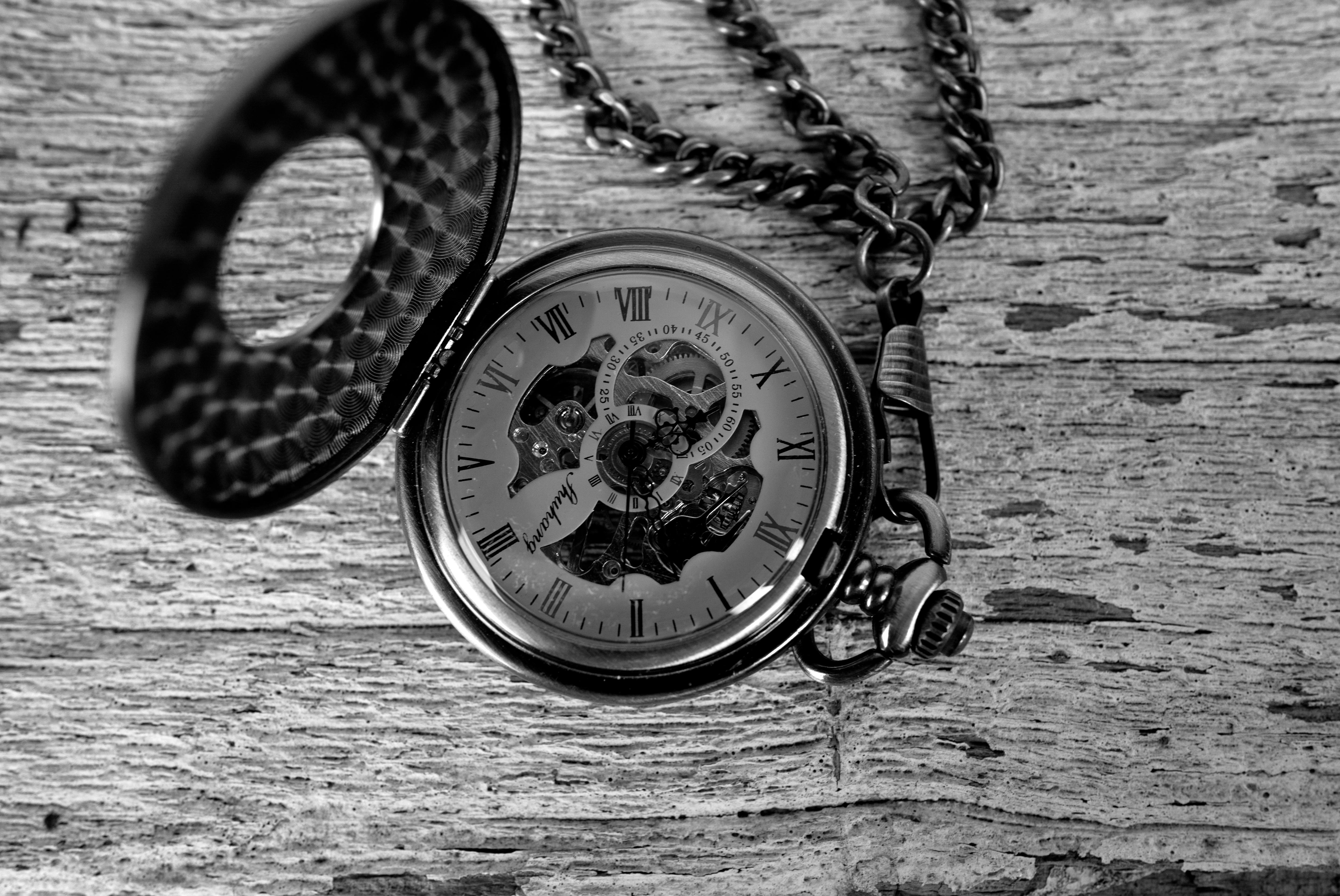 A photo of a pocketwatch taken by the Leica Q (Type 116).