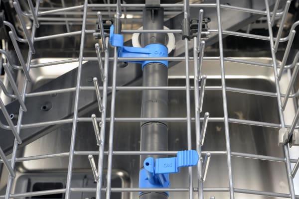Frigidaire Professional FPID2497RF bottle wash sprays