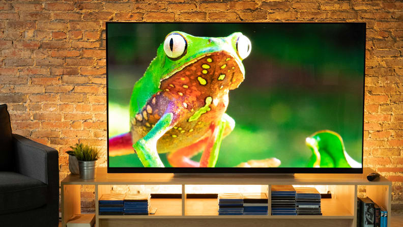 LG E9 with HDR Dolby Vision Content 1