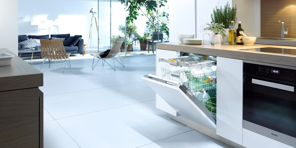 Manufacturer's render of the Miele installed in a kitchen