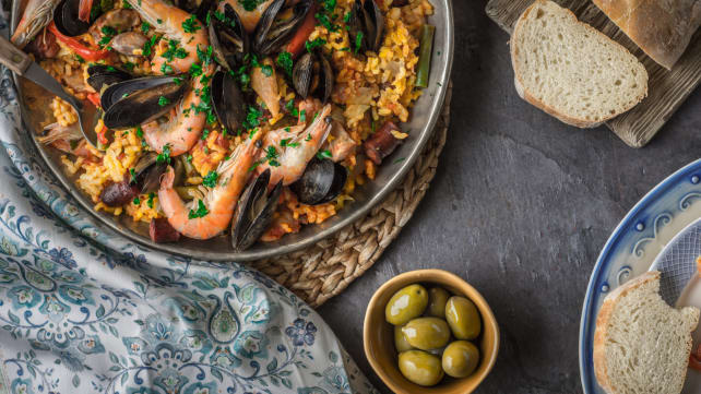 Induction cooking - paella