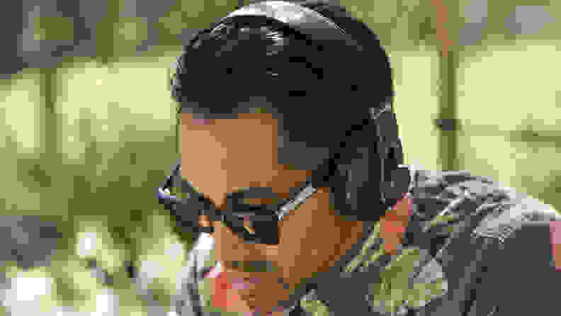 Jlab-Audio-Omni-headphones