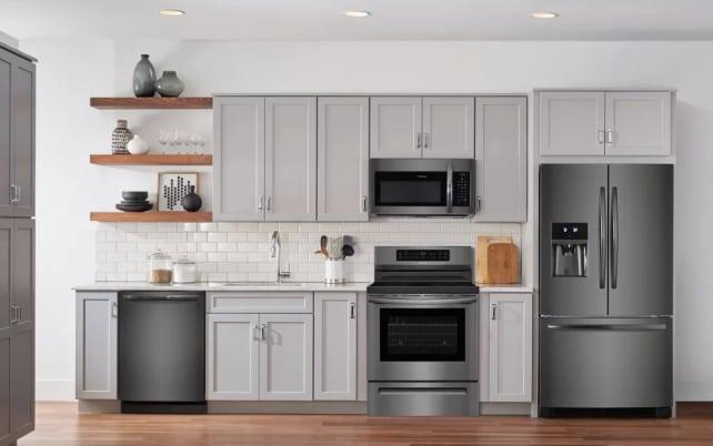 Frigidaire-induction-range-in-kitchen