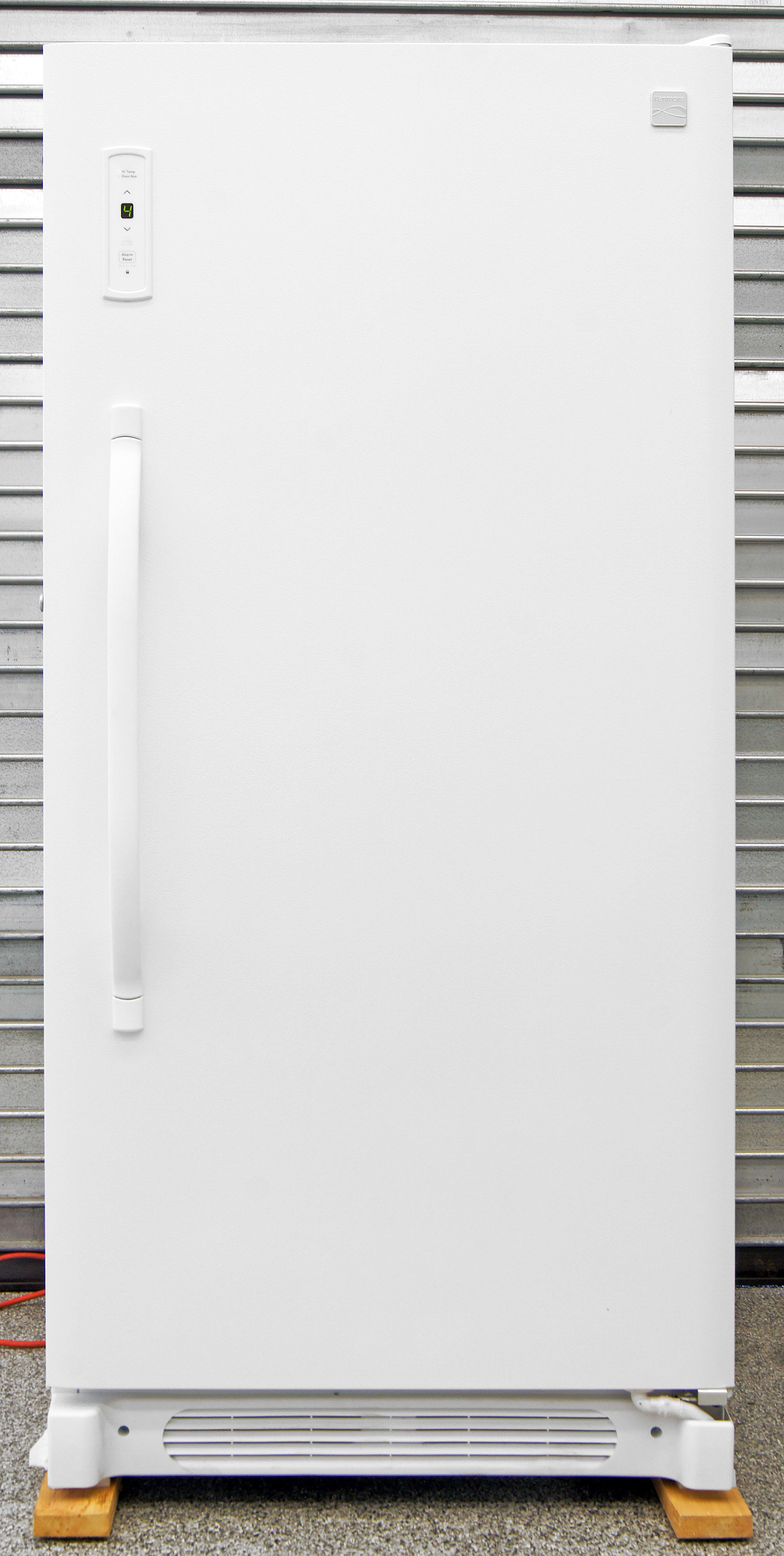 The basic Kenmore 28432 white upright is incredibly affordable, but might not be worth the extra savings.