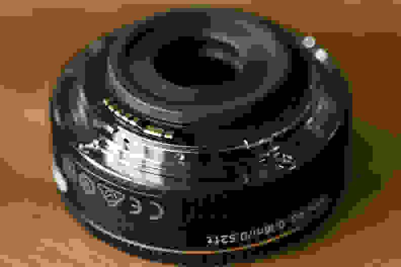 canon-24mm-pancake-design-mount.jpg