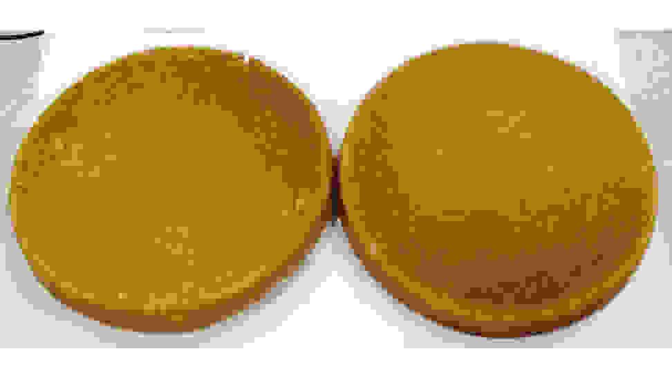 Frigidaire-FFGH3054-cake-bottom