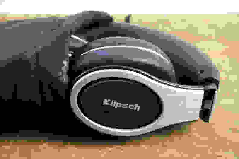 Klipsch-Reference-On-Ears-In-Bag.jpg