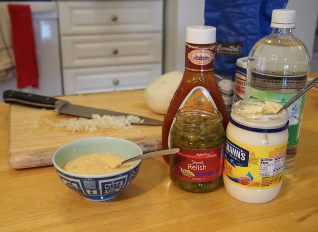 Finished sauce and ingredients
