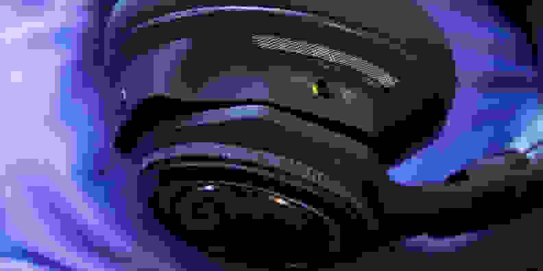 Plantronics Backbeat Pro Controls