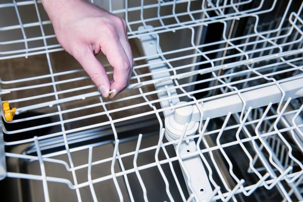 Miele Futura Dimension G5670SCVi top rack folding tines