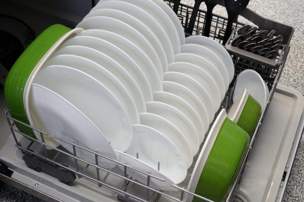 Kenmore 13093 bottom rack capacity