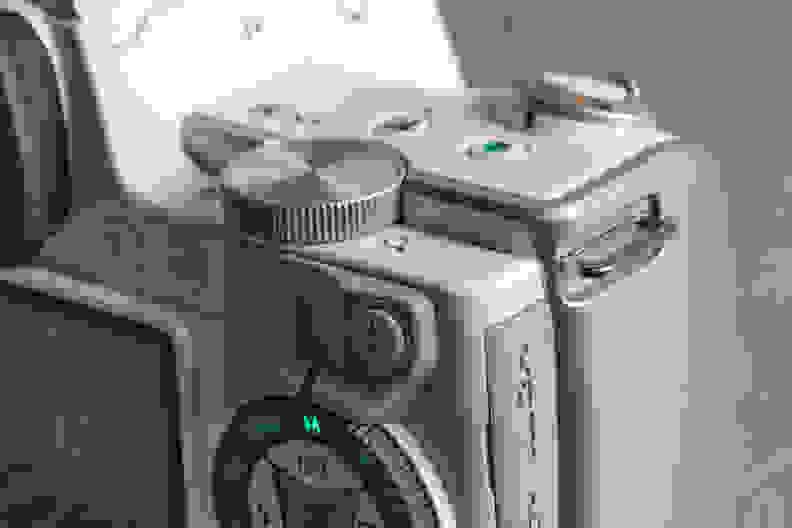 pentax-k-s1-review-design-control-knob.jpg