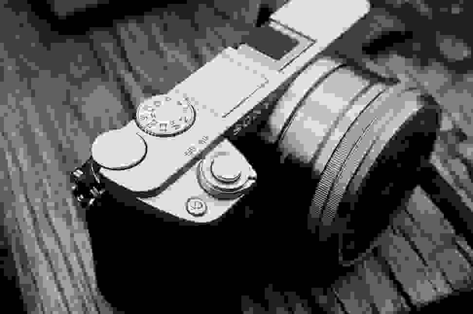 SONY-A6000-BW-TWO-TONE.jpg