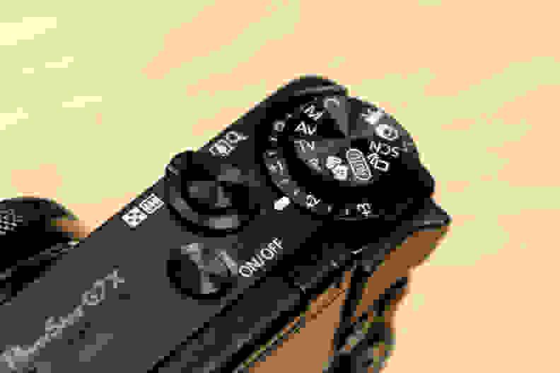 canon-g7x-topcontrols.jpg
