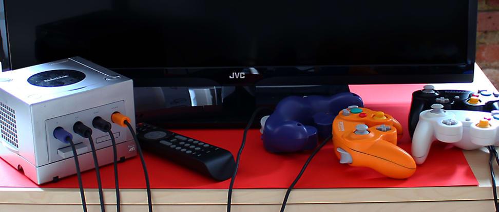 Product Image - JVC EM32T
