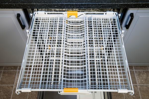 Miele Futura Dimension G5670SCVi third rack