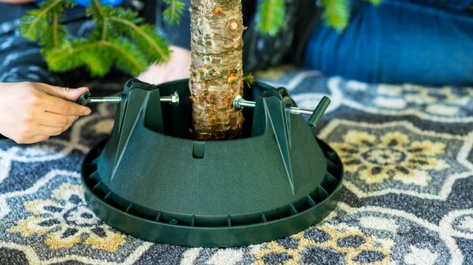 The Best Christmas Tree Stands of 2018 - Reviewed