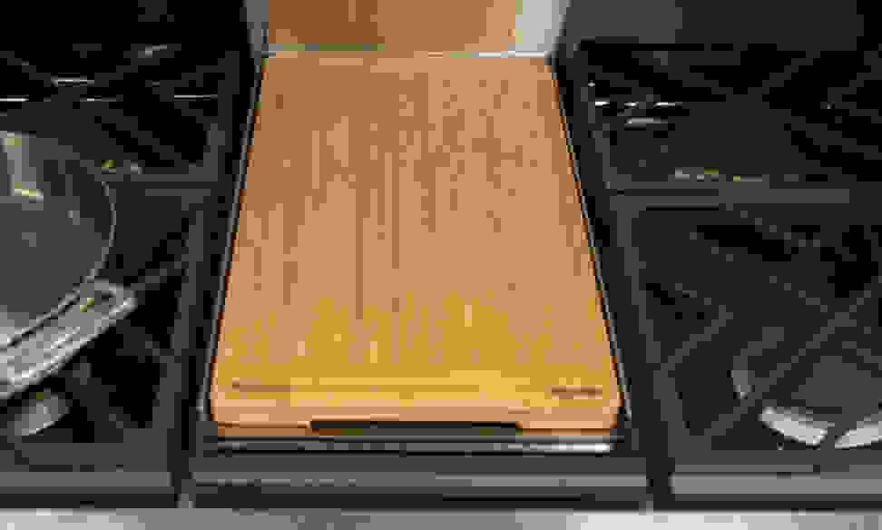 GE Monogram ZDP36NDPSS cutting board