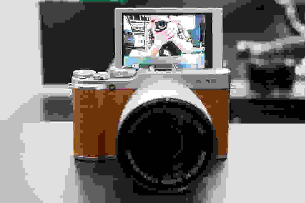 Fujifilm X-A2 – Selfie Screen