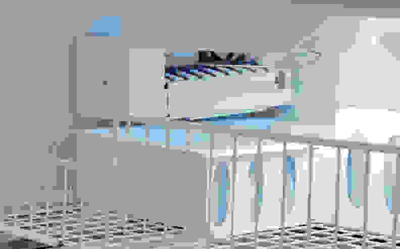 Whirlpool WRF535SMBM Ice Maker