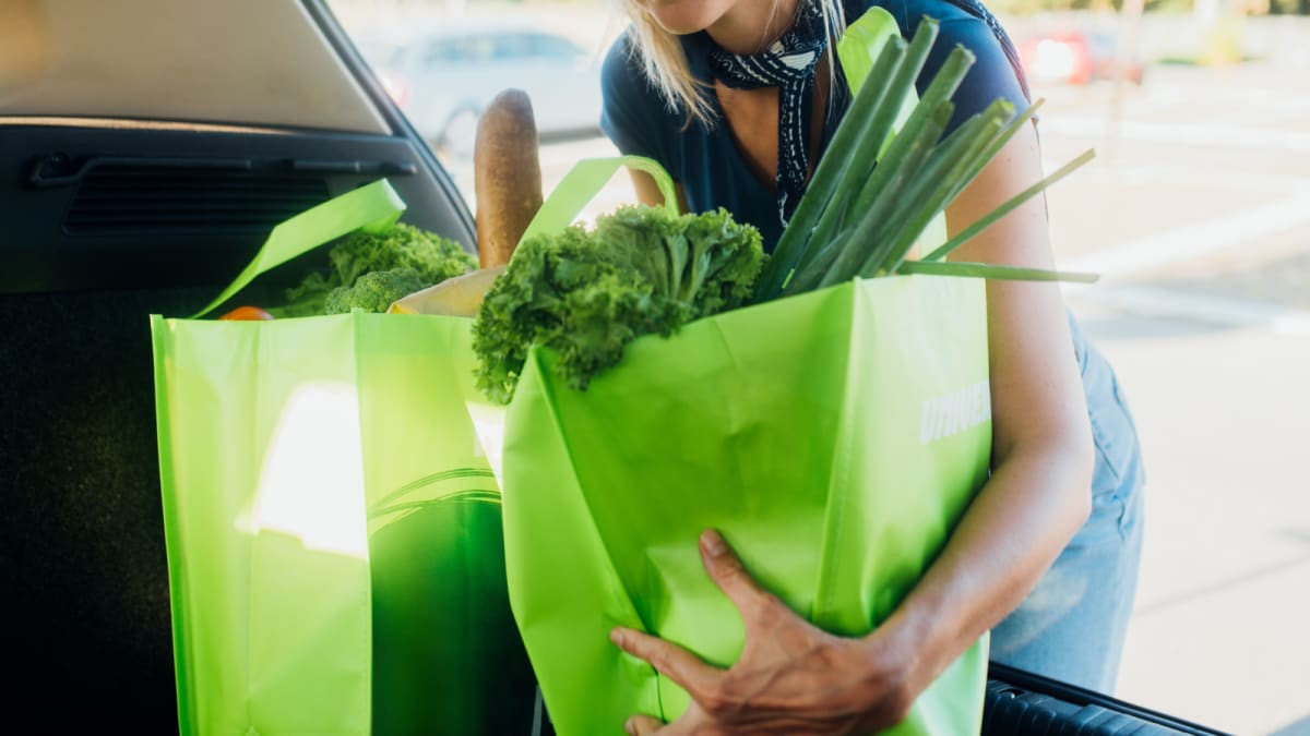 Your reusable bags could be covered in bacteria—here's how to clean them