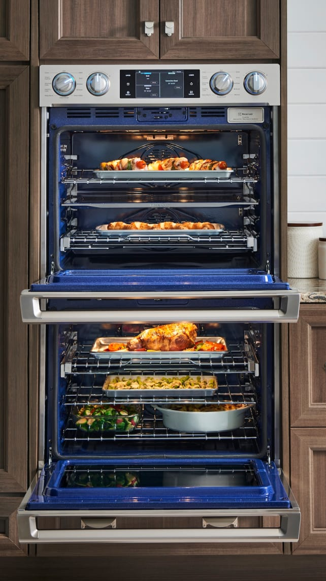 Samsung Has Made The World S First Triple Oven A Wall