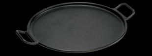 Lodge pizza pan