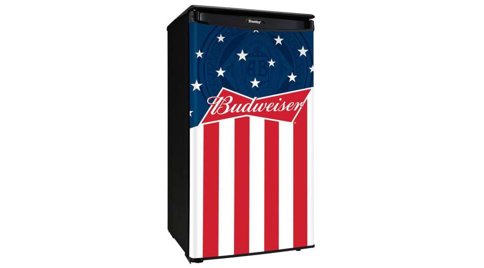 The perfect beer fridge for Dad is under $100 for the first time ever