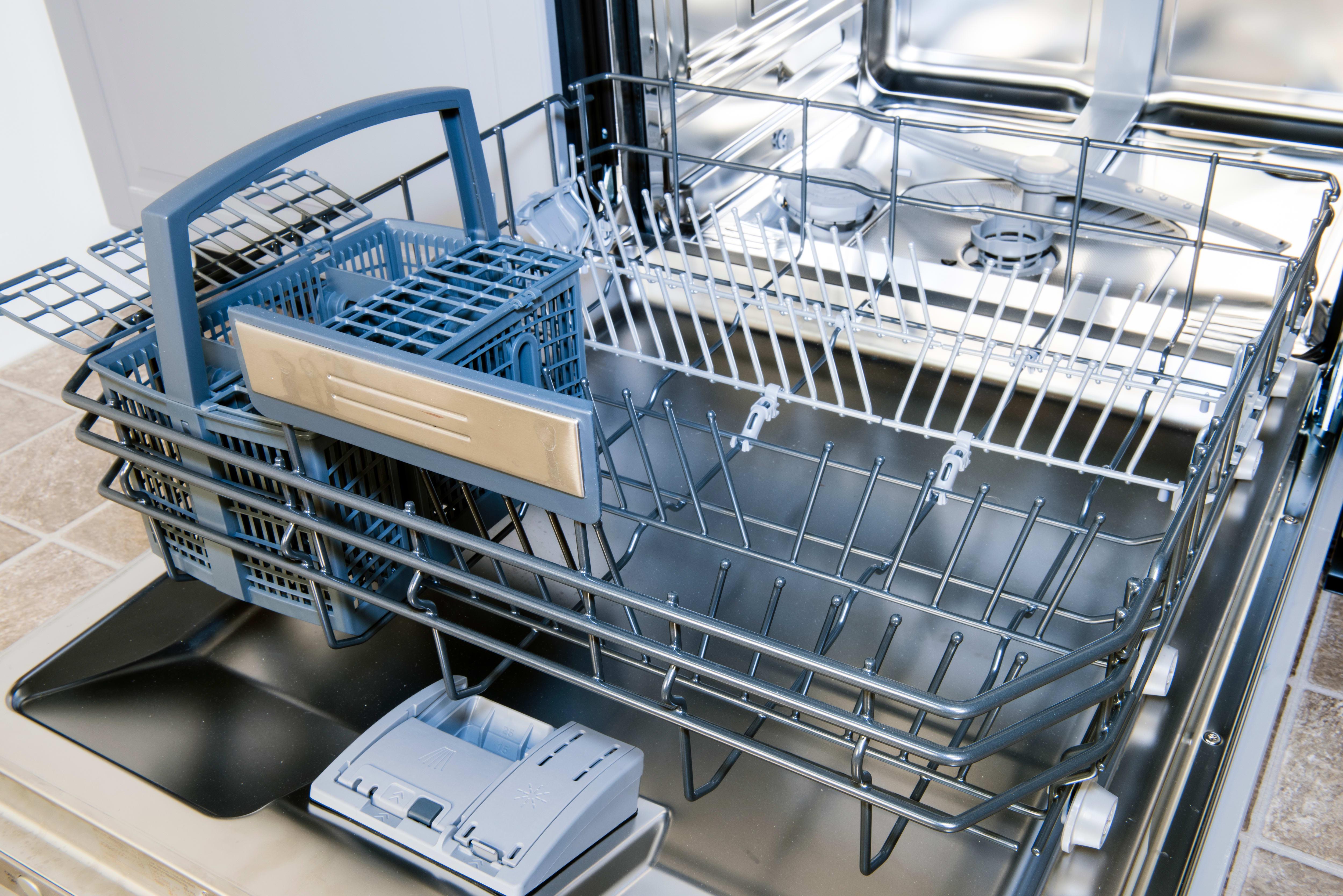 Jenn-Air TriFecta JDB9600CWX Dishwasher Review - Reviewed.com Luxury ...
