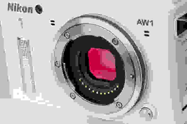 Nikon-1-AW1-design-sensor.jpg
