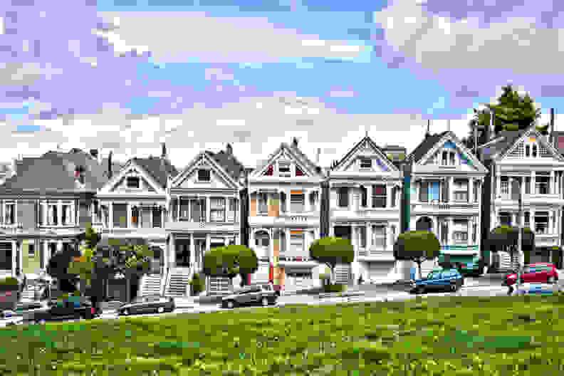 You might remember these iconic houses from the Full House credits. For many, they're more memorable than the show itself. [Credit: Flickr user