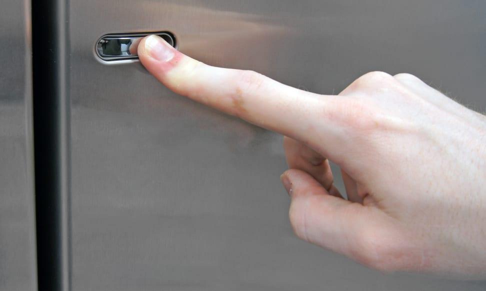 LG LSC22991ST Door-in-Door Access Button