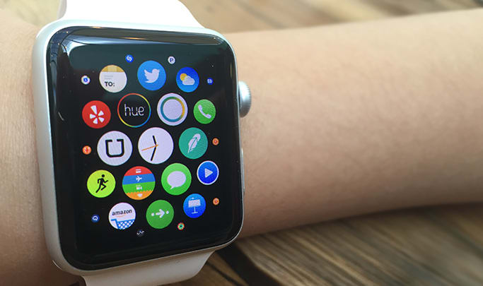The Philips Hue and SmartThings apps for Apple Watch