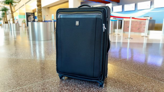 """Travelpro Platinum Magna 2 29"""" Expandable Spinner Suiter"""